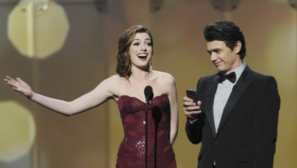 LEDET AN: Anne Hathaway og makkeren James Franco var verter for søndagens Oscar-show i Los Angeles. Foto: All Over Press