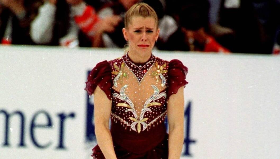 KJENT ØYEBLIKK: Hvem husker vel ikke da Tonya Harding forlot isen gråtende under Lillehammer-OL i 1994? Foto: SCANPIX