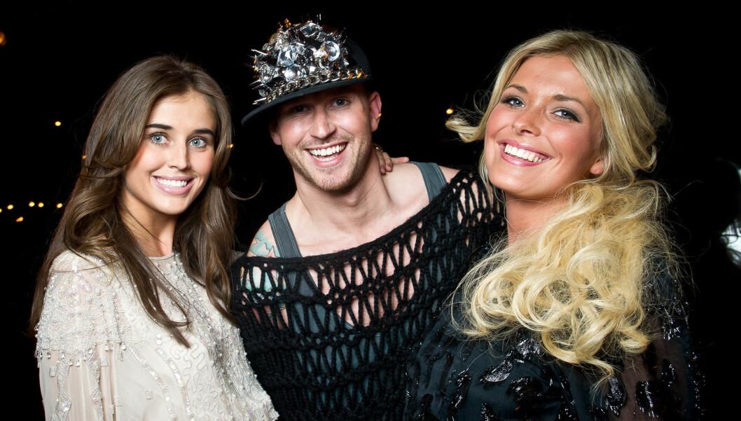 TV-FJES: Storm Pedersen er coach i årets Top Model. Her er han sammen med deltagerne Darja Barannik og Eilin Victoria Thulin Hagstrøm. Foto: Stella Pictures