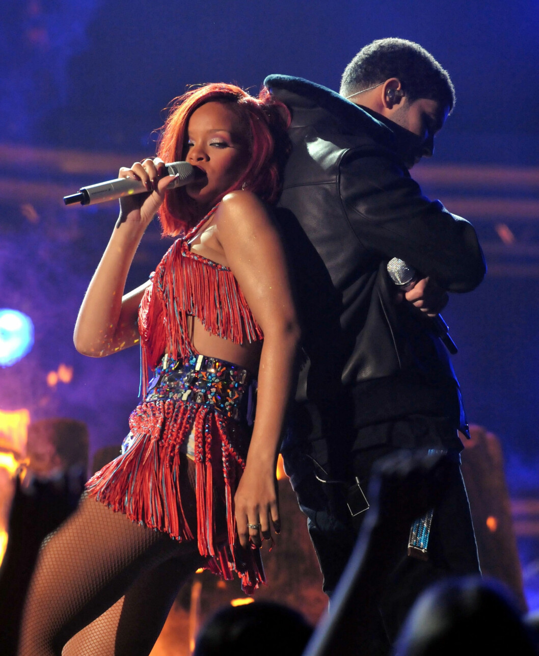 <strong>HETT SHOW:</strong> Rihanna og rapperen Drake leverte et forrykende show fra Grammy-scenen. Foto: All Over Press