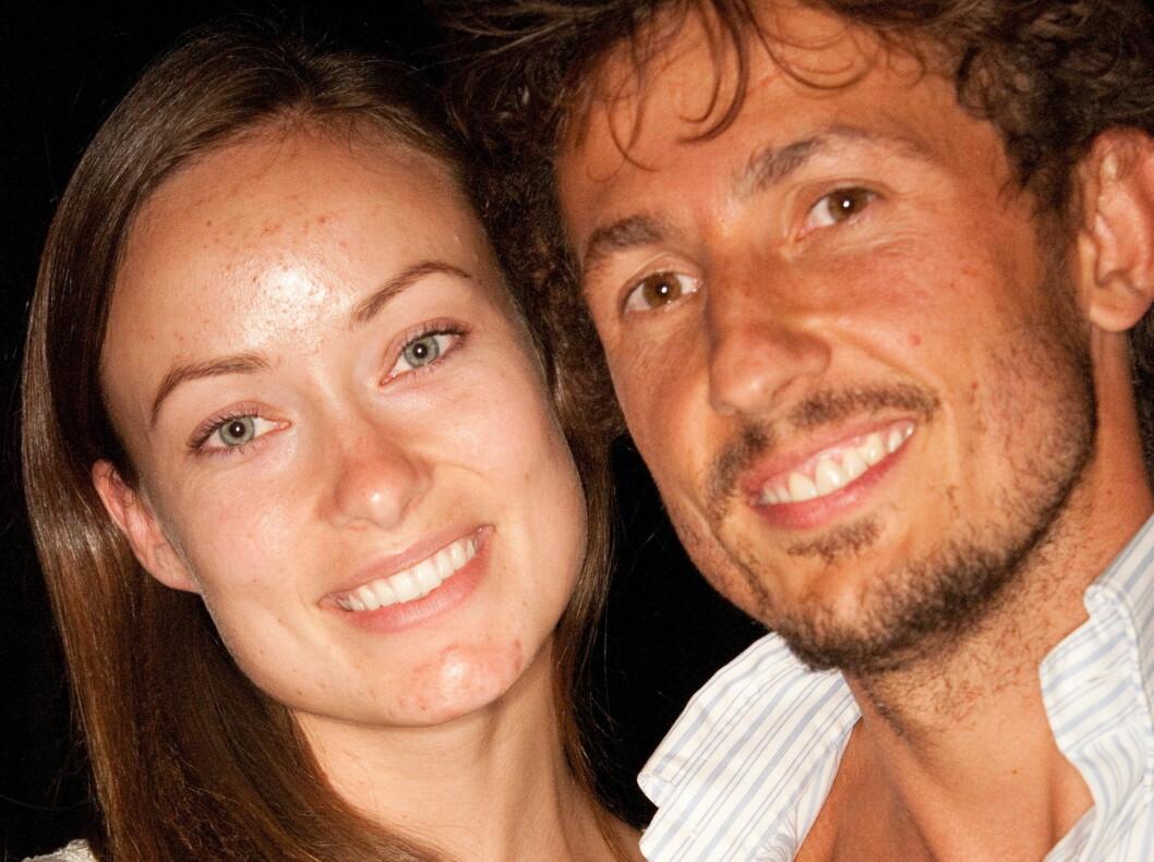 <strong>LYKKELIGE:</strong> En usminket og slitent utseende Olivia Wilde og ektemannen Tao Ruspoli koste seg sammen på filmfestivalen. Foto: All Over Press