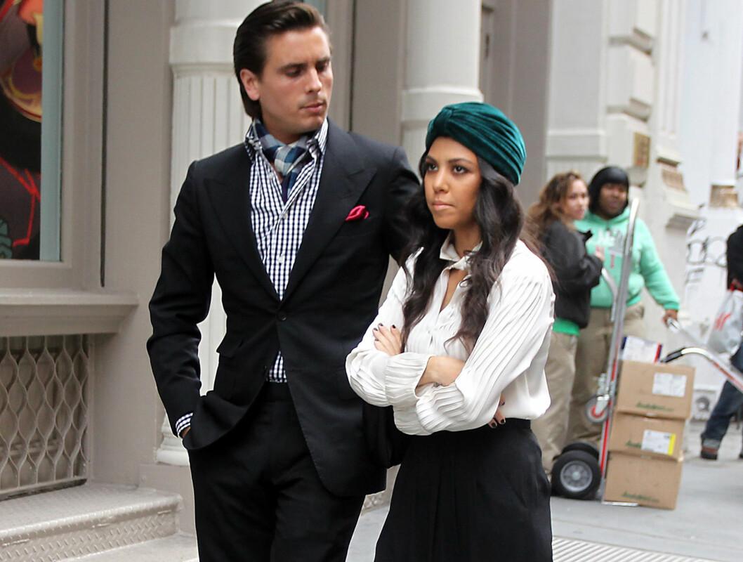 <strong>HATER SCOTT:</strong> Kourtney Kardashians familie skal ifølge reality-stjernen selv hate kjæresten hennes, Scott Disick. Foto: Stella Pictures