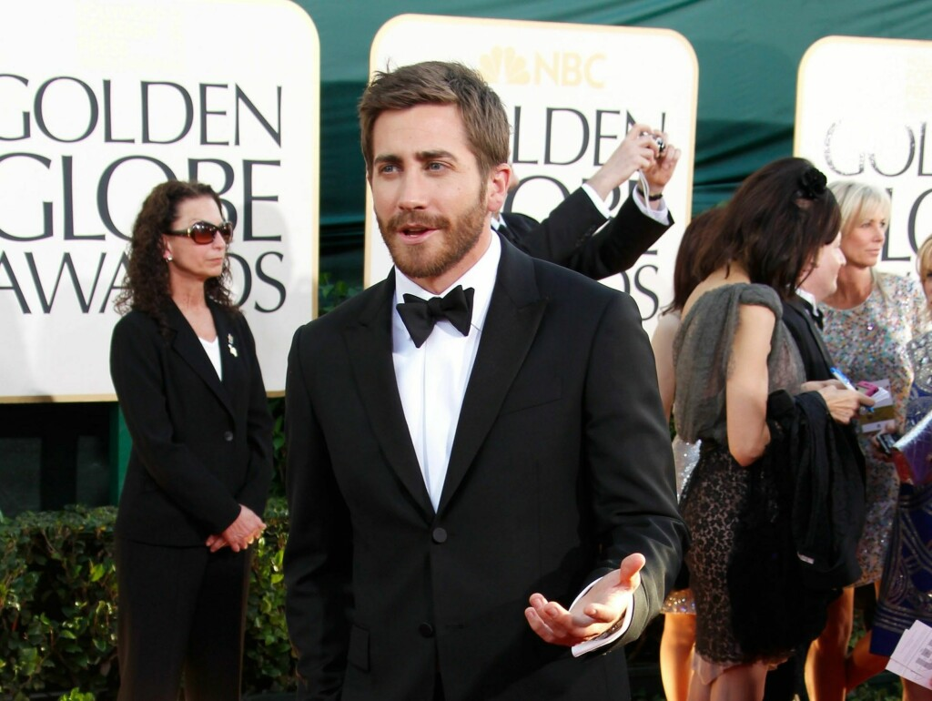 KOM ALENE: Lørdag flørtet Jake Gyllenhaal heftig på et veldedighetsball, søndag kom han alene på Golden Globe. Foto: All Over Press