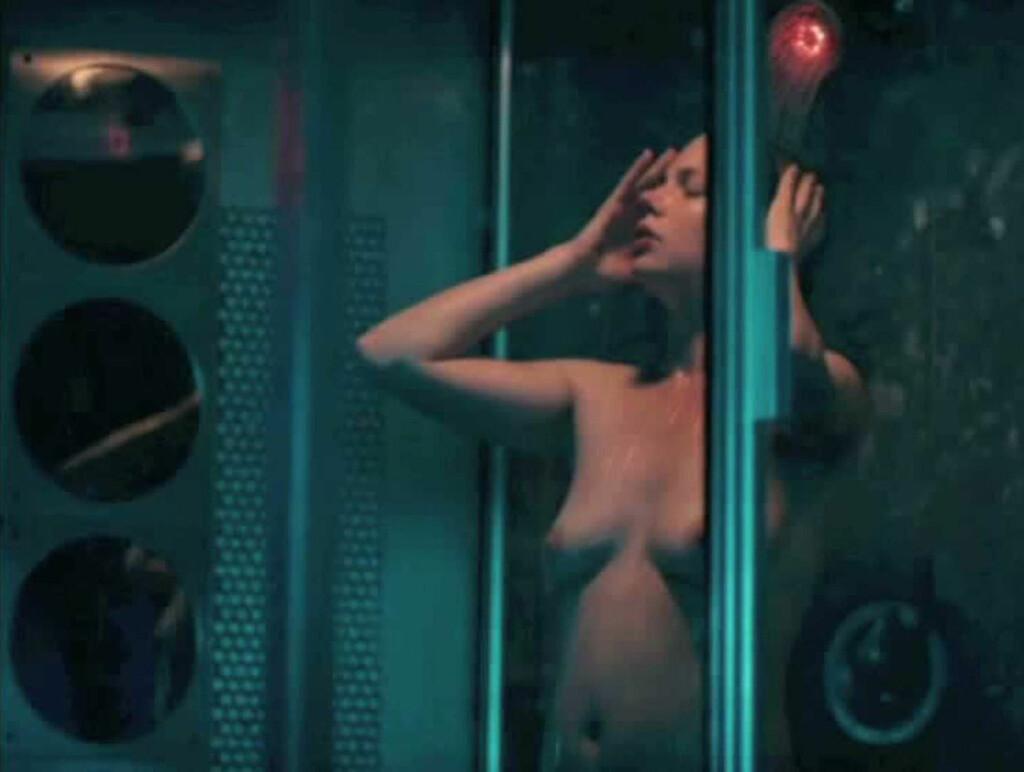 U«BLUE»FERDIG: Michell Williams er ikke sjenert i hovedrollen i den omdiskuterte filmen «Blue Valentine». Foto: Stella Pictures
