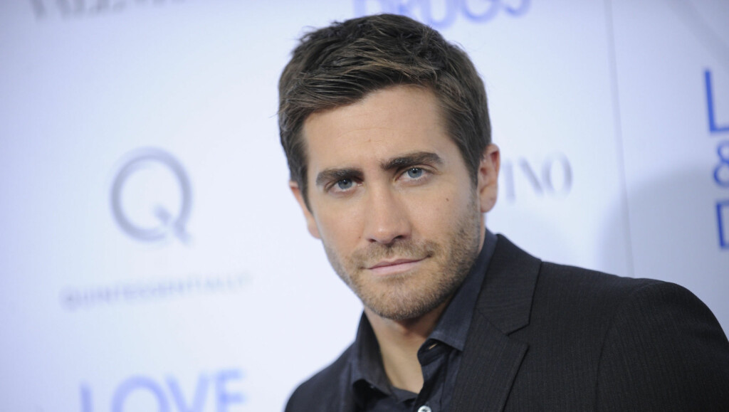 "ERFAREN: Skuespiller Jake Gyllenhaal fikk problemer med aldersforskjellen - og all publisiteten rundt forholdet til ni år yngre Taylor Swift. Her på en visning av filmen hans ""Love & Other Drugs"" i New York City i november. Foto: Fame Flynet"