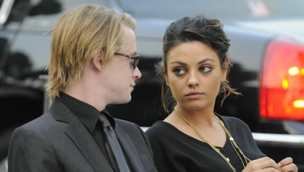 SKUESPILLERPAR: Macaulay Culkin (30) og Mila Kunis (27) skal ha vært et par i åtte år, før forholdet nylig tok slutt.  Foto: All Over Press
