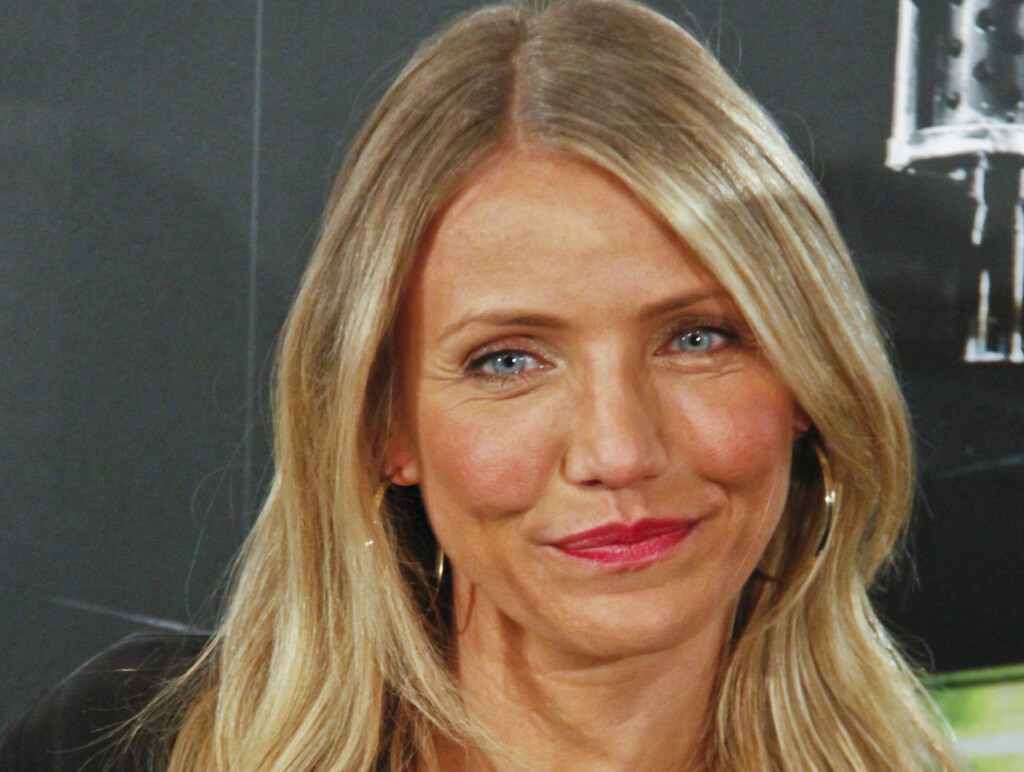 RYNKETE: Cameron Diaz mottar kritikk etter at hun viste seg frem under promoteringen av filmen The Green Hornet i Madrid. Foto: All Over Press