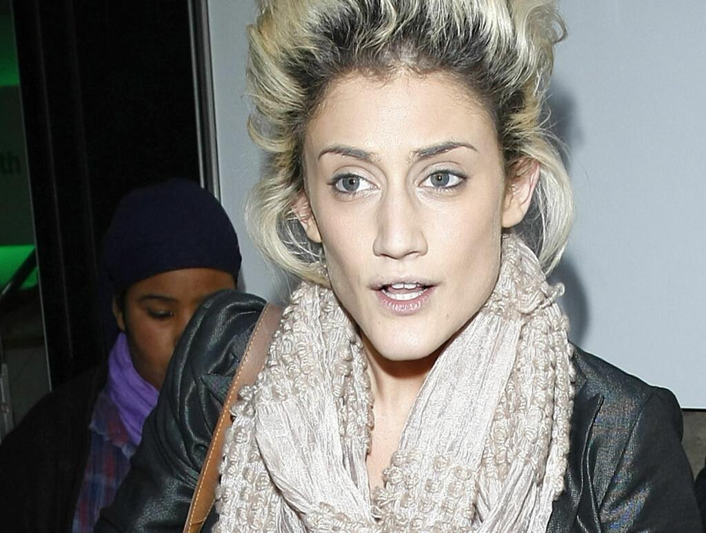 SKJELTE UT BESTEMOREN: Den britiske «X Factor»-deltageren Katie Waissel skal ha skjelt ut bestemoren Sheila Vogel-Coupe, etter at 81-åringen stod fram som prostituert. Foto: All Over Press