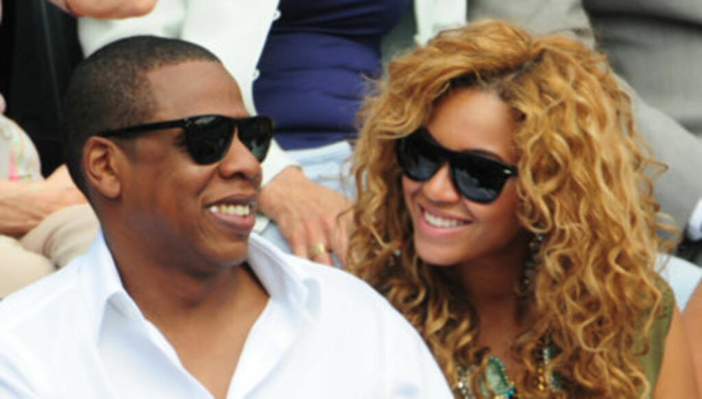 Rep 69671       Paris/France        June 06th, 2010      Non Exclusive   NO Credit    Roland Garros Tennis tournament 2010 - Beyonce Knowles and husband Jay Z are seen attending the Rafael Nadals victory at the tournament final round.      Knowles Beyonce Foto: All Over Press