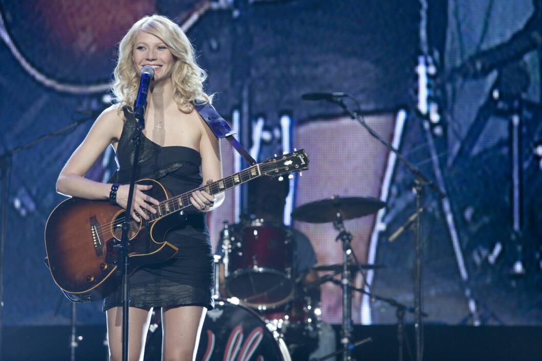 SPISTE MASSE FRITERT KYLLING: Gwyneth Paltrow ble bedt om å legge på seg ti  kilo for sin rolle som en alkoholisert sangerinne i filmen «Country Strong».  Foto: All Over Press