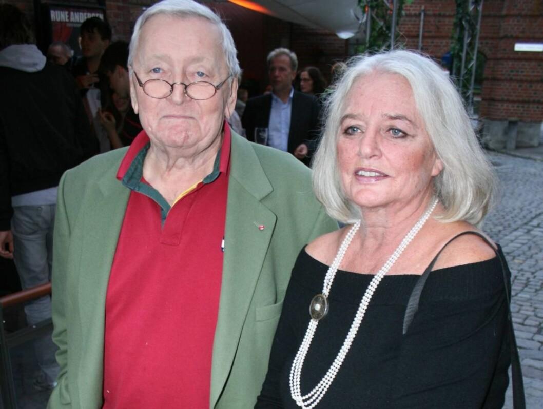 GOD STØTTE: Rolv Wesenlunds kone, Ruth, er til god støtte, forteller den tidligere skuespilleren. Foto: Seher.no/Anders Myhren