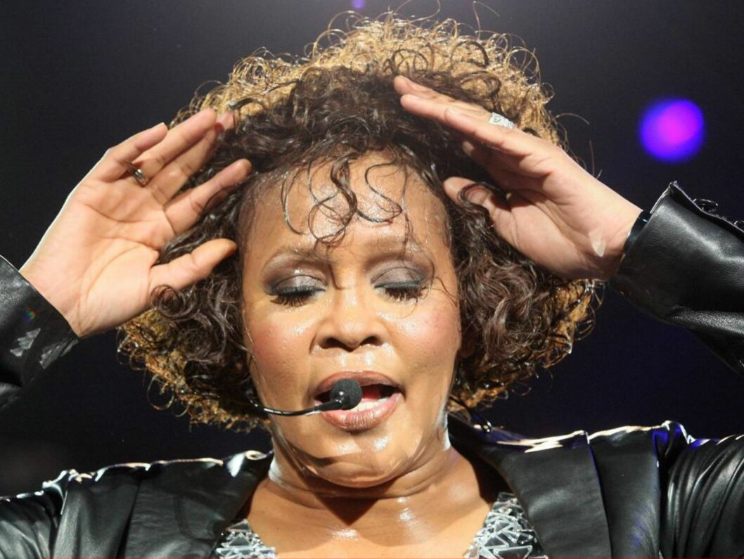 NYE PROBLEMER?: Whitney Houston skal ifølge ukebladet National Enquirer igjen ha begynt med narkotika. Foto: All Over Press