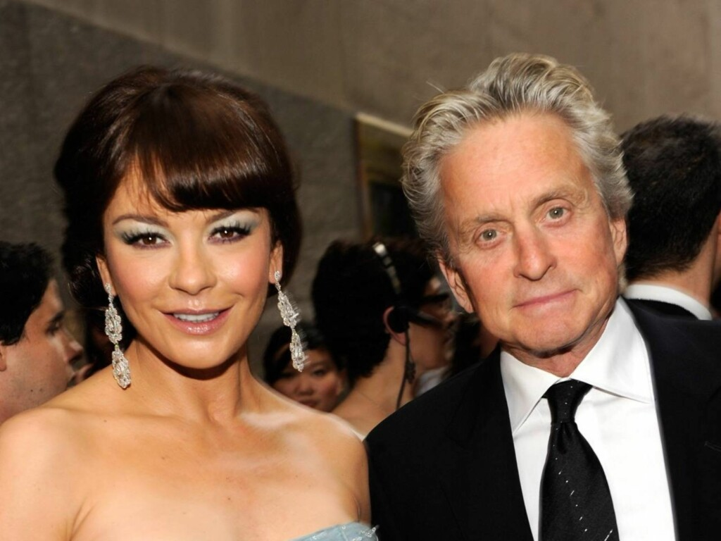 HAR TO BARN SAMMEN: Catherine Zeta-Jones (40) og Michael Douglas (65). Foto: All Over Press