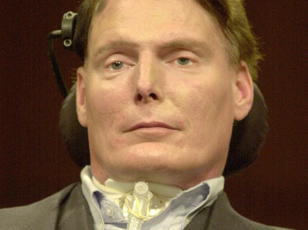 <strong>LENKET TIL RULLESTOLEN:</strong> Christopher Reeve ble utsatt for en rideulykke i 1995. Nå kommer det nye opplysninger om den avdøde stjernen. Foto: Stella Pictures