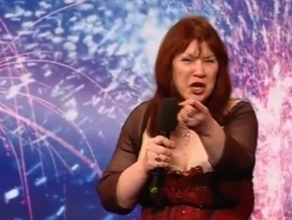 I RETTEN:- Det der var råttent, skrek «Britain's Got Talent»-deltakeren Emma Amelia Pearl Czikai til dommer Piers Morgan da han trykket på «X»-knappen under sangen hennes. Dommerne på sin side synes Emmas stemme var så råtten at de nå møtes de
