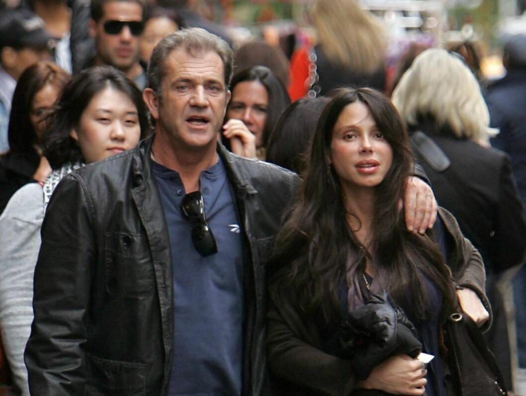 ANKLAGES FOR MISHANDLING: Mel Gibsons russiske eks-kjæreste Oksana Grigorieva hevder at filmstjernen slo ut fortennene hennes i januar. Foto: Stella Pictures