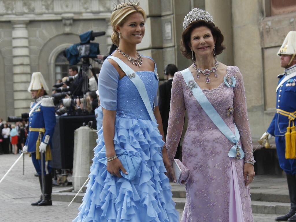 BRUKER ARMBÅNDET: Prinsesse Madeleine nekter å ta av seg armbåndet hun fikk av eks-forloveden, Jonas Bergström. Foto: SCANPIX