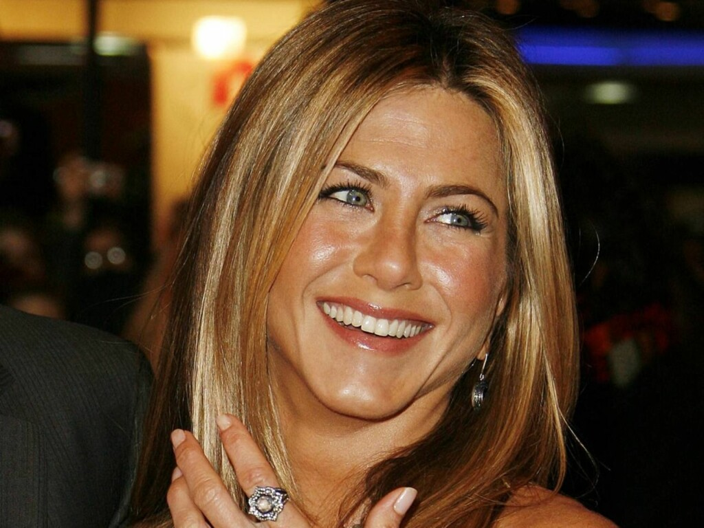 SALAT: Det spiste Jennifer Aniston hver eneste dag i ti år til lunsj, under innspillingen av Friends. Foto: All Over Press
