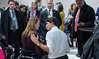 LIKER BEDRE DENNE KAREN: Birgit Skarstein finner håp i Canadas statsminister Justin Trudeau, som hun møtte under World Economic Forum. Foto: Privat