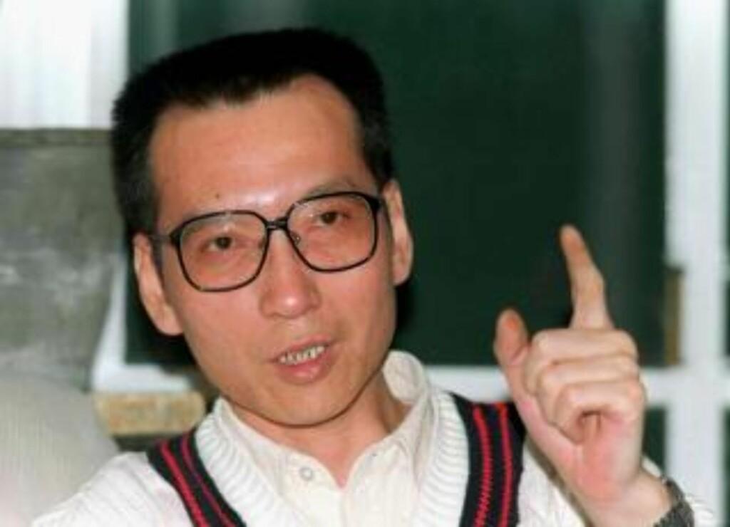 FIKK PRISEN: Kinesiske myndigheter er rasende etter at Nobelkomiteen i dag tildelte årets Nobels fredspris til dissidenten Liu Xiaobo (54). Foto: SCANPIX