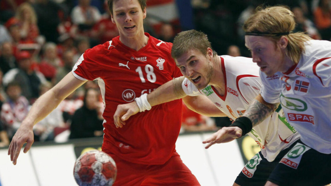 <strong>KJEMI:</strong> Bjarte Myrhol og Børge Lund spiller kamper sammen to ganger i uka. Det skal landslaget dra nytte av i VM. Foto: REUTERS