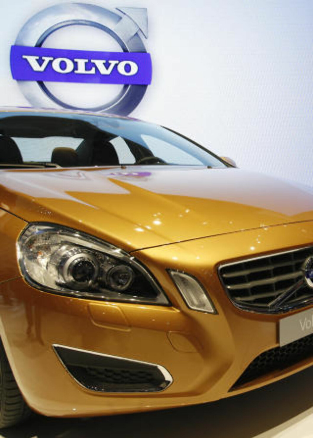 <strong>UTFORDREREN:</strong> Volvos mest sportslige bilmodell til nå, S60/V60, skal ta opp kampen mot Audi A4 og BMW 3-serie. Foto: REUTERS/SCANPIX