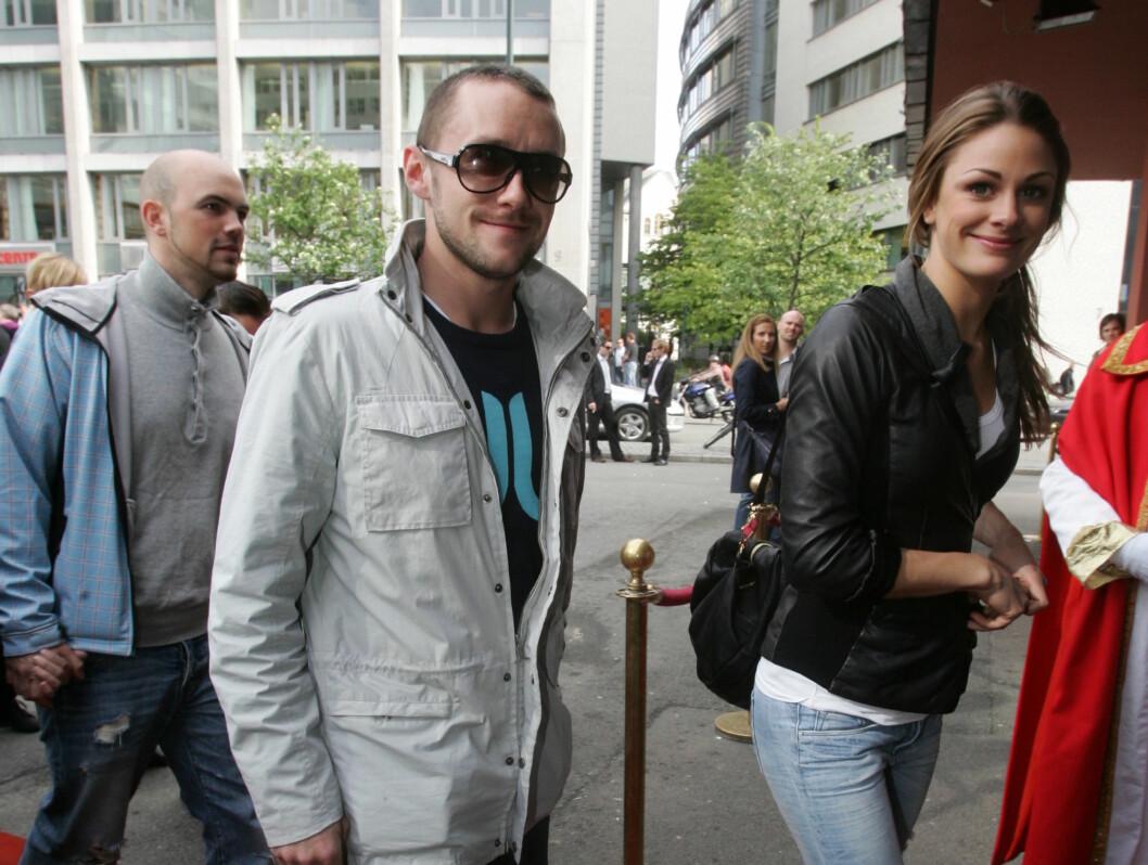 """VISTE KJÆRLIGHETEN: Jenny Skavlan og Thomas """"Finger'n Gullestad viste seg sammen på den røde løperen. Foto: Stella Pictures"""
