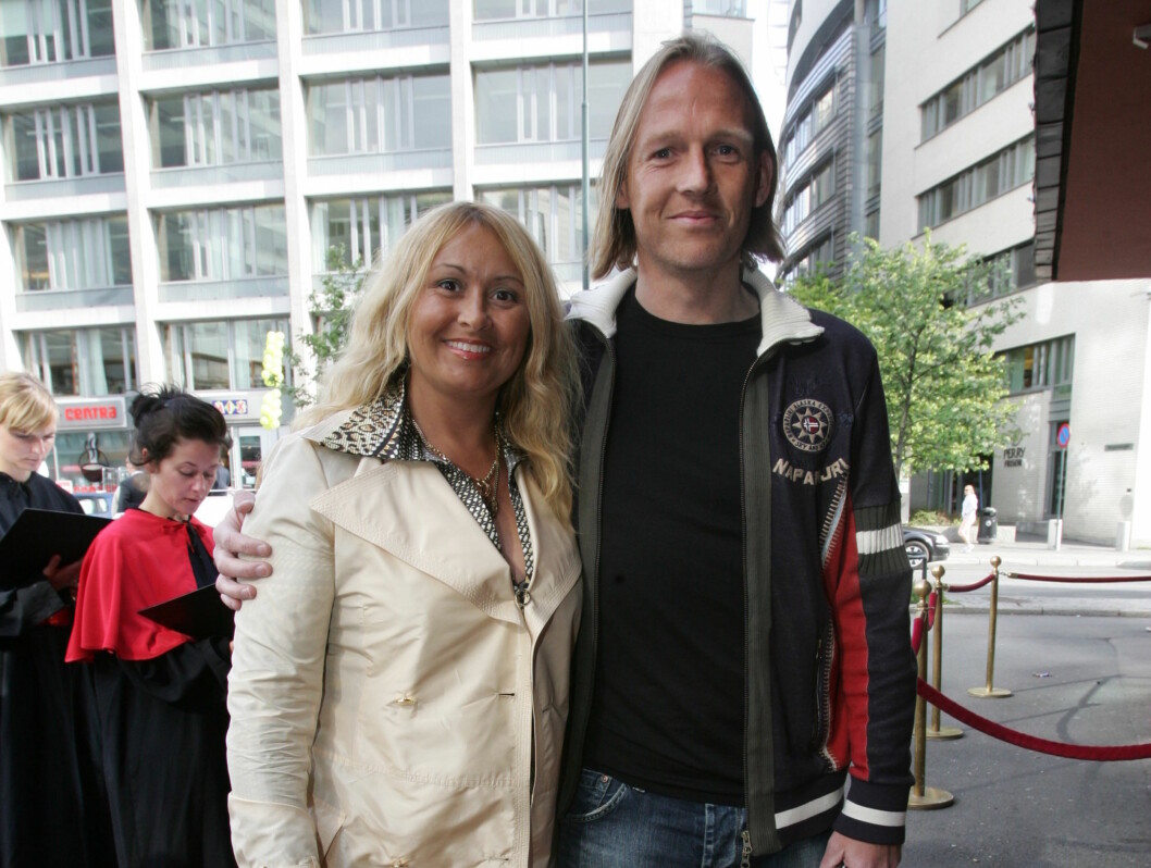 FILMKLARE: Tidligere fotballstjerne Torgeir Bjarmann kom sammen med sin bedre halvdel. Foto: Stella Pictures