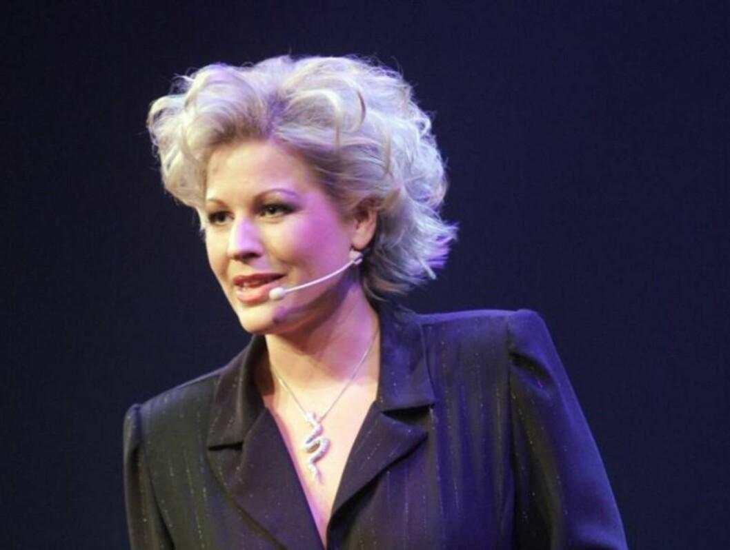 FÅR GJENNOMGÅ: Jan Thomas kommer med kraftig kritikk mot komikeren Anne-Kat. Hærland. Foto: SCANPIX