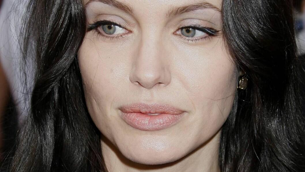 TRUTMUNN: Det er Angelina Jolies lepper jentene spør om hos plastikkirurgene for tiden. Foto: Stella Pictures