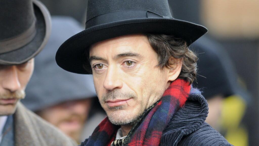 NY SHERLOCK: Robert Downey Jr. har hovedrollen i filmen om dektektiven Sherlock Holmes. Byr ikke filmen på nok drama, vet vi nå at det har skjedd ganske mye bak kulissene... Foto: All Over Press