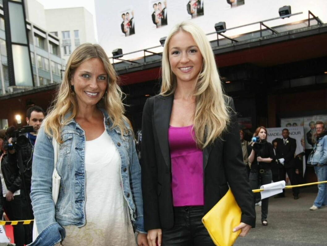 "BY OG LAND - HAND I HAND: Country-stjernen Liv Marit Wedvik var Pias premierefølge til ""En ekte mann"" på Colosseum kino i Oslo. Foto: SCANPIX"