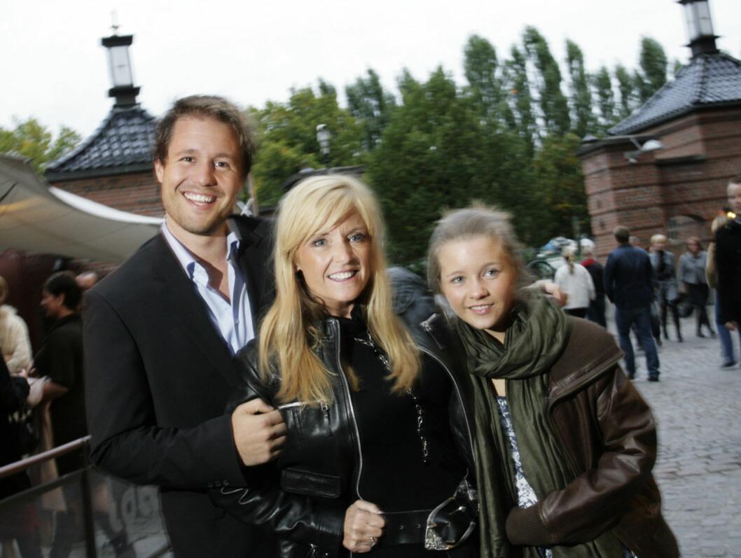 """BLANDEDE FØLELSER: - Det er klart man både gruer og gleder seg til Anne Kats show, fortalte """"Skal vi Danse""""-aktuelle Hanne Krogh. Foto: Seher.no"""