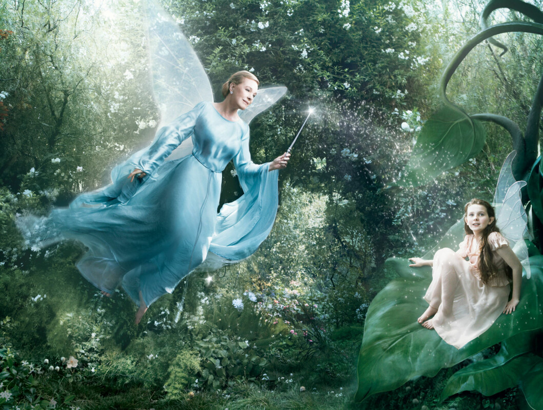 DEN BLÅ FEEN: Skuespiller Julia Andrews som den blå feen. Foto: AP