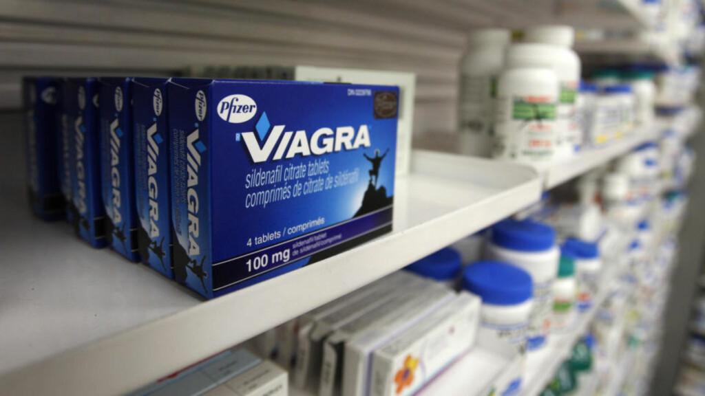 ORIGINALEN:  Original Viagra fra Phizer - uten veimaling og rottegift - i en apotekhylle i Toronto. ILLUSTRASJONSFOTO: REUTERS/SCANPIX.