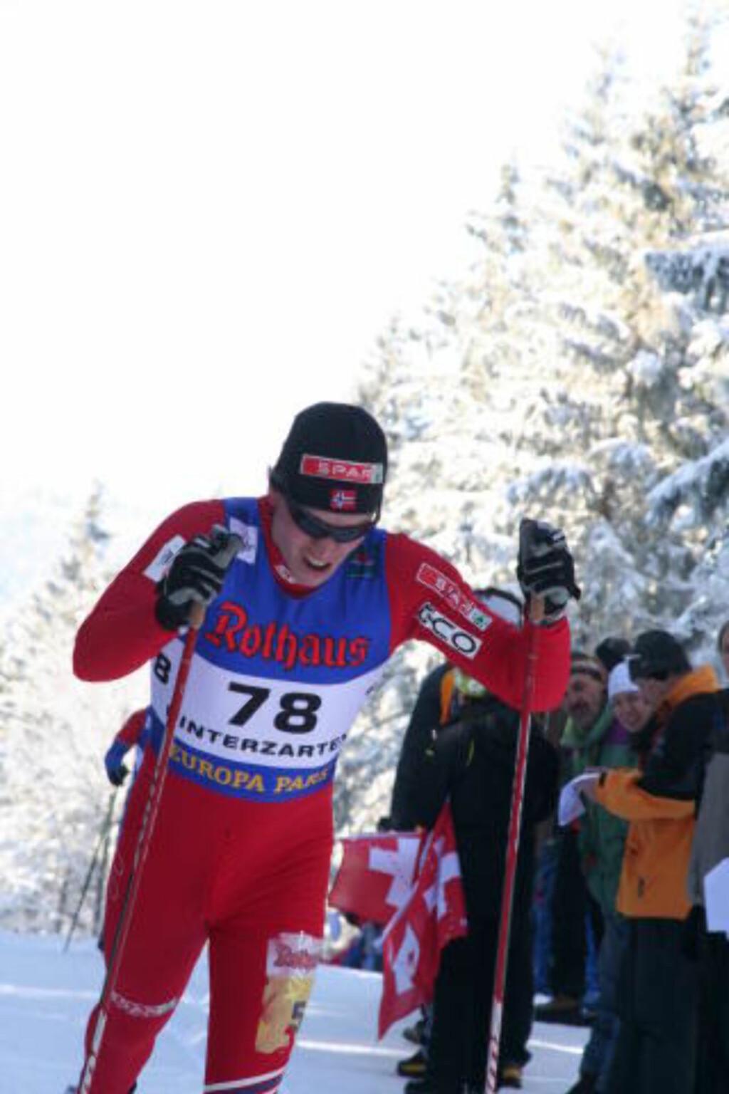 DOBBEL GULLVINNER 2: Pål Golberg fulgte opp gullet på 10 kilometeren da han gikk andreetappen for det norske stafettlaget.Foto: Kristin Åsarmoen Rygg