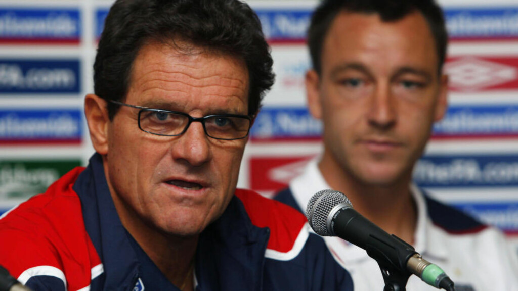 ALL MAKT: Det engelske fotballforbundet sier John Terrys landslagsframtid er i manager Fabio Capellos hender.Foto: SCANPIX/REUTERS/ Eddie Keogh