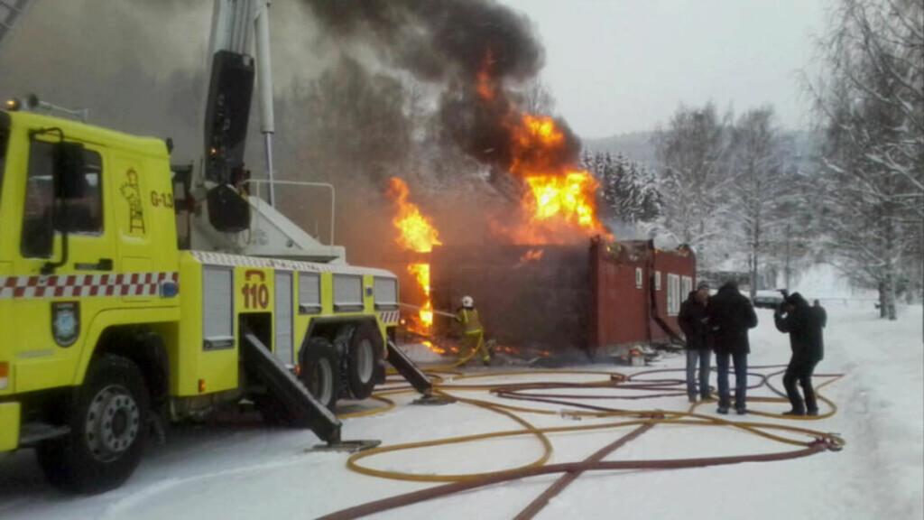 BRANT NED: Vestsida skole i Oppland. MMS-foto: Kim Marius Karlsen