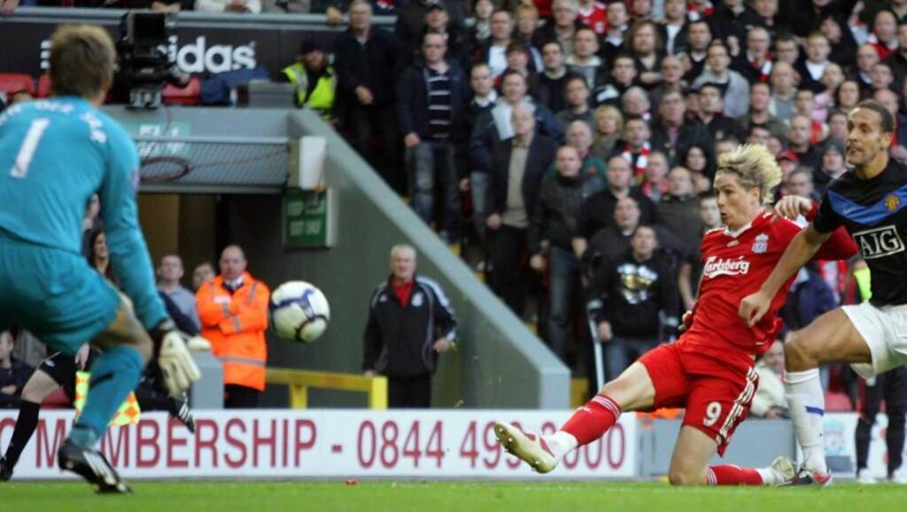 KRITISKE: Liverpool og Manchester United, her representert ved Edwin van der Sar, Fernando Torres og Rio Ferdinand, ønsker at dagens system skal opprettholdes. Foto: EPA/Steve Woods