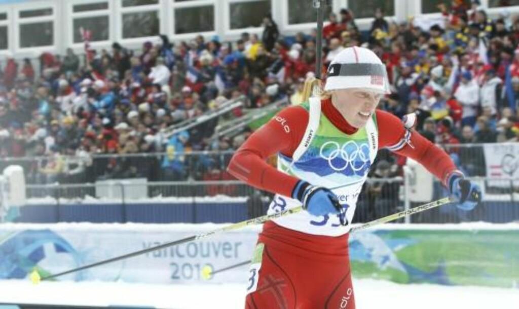 FANTOMLØP:  Tora Berger gikk seg opp nesten 30 plasser, men det holdt ikke til pallen i dag. Foto: Heiko Junge / Scanpix