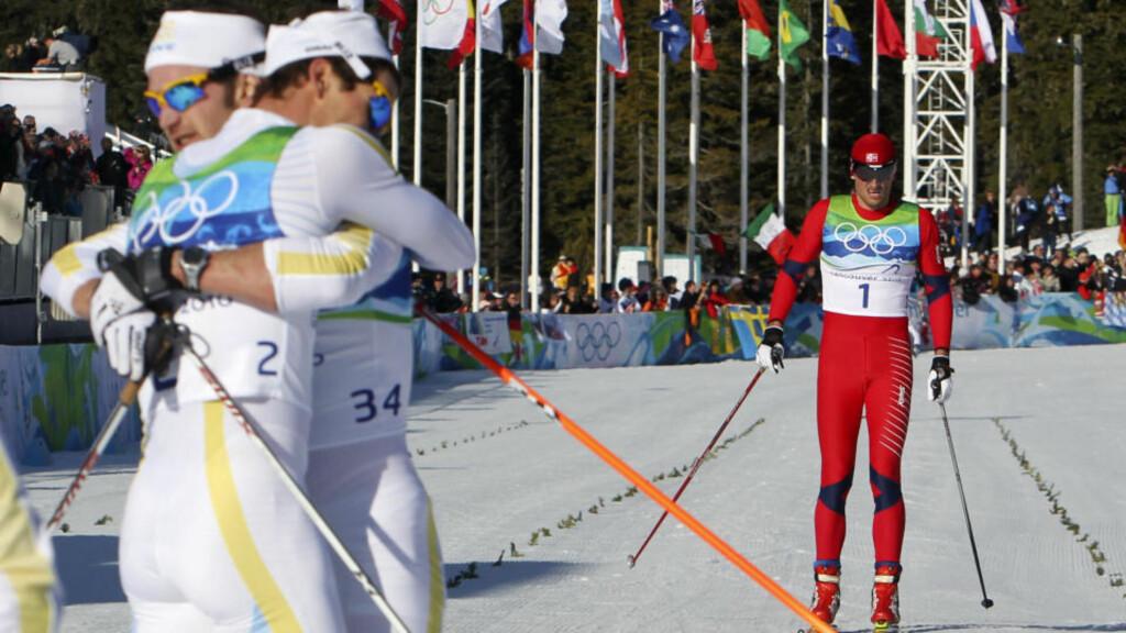 INGEN HEVN: Svenske Marcus Hellner (nummer 2) vant, mens Petter Northug kom inn til 11. plass. Men svensken ville ikke snakke om noen «revansj» mot trønderen. Foto: Cornelius Poppe, Scanpix