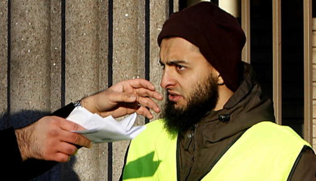 ADVARTE OM NYTT 9/11: Mohyeldeen Mohammad ble kjent etter en demonstrasjon mot Dagbladets trykking av Muhammed-karikaturene, hvor han advarte mot at vi kunne få et 11. september eller 7. juni i Norge. Foto: Bjørn Langsem / DAGBLADET.