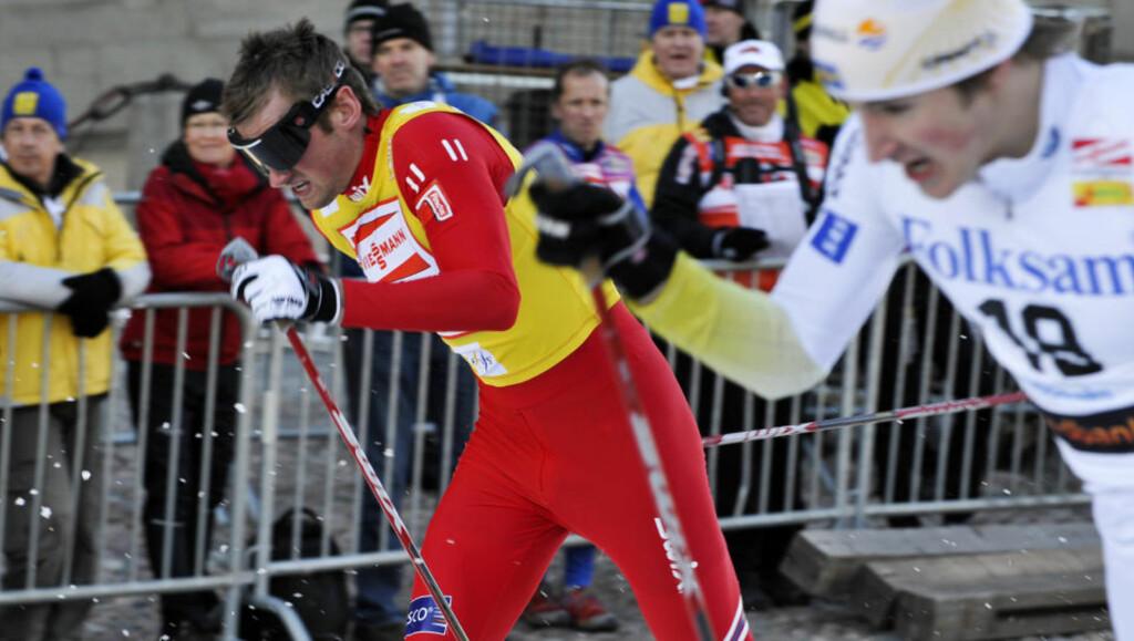 TROR HAN SLÅR NORTHUG: Petter Northug og Teodor Peterson i duell under fjorårets sprint i Stockholm. I kveld kan det være duket for reprise. Foto Bertil Ericson / SCANPIX