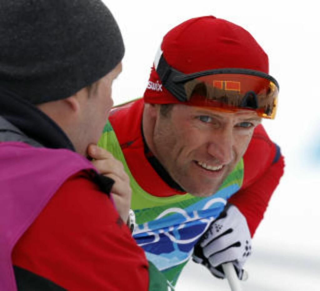 FORTVILELSE: Odd-Bjørn Hjelmeset  var dypt ulykkelig over egen innsats på 2. etappe. Foto: Lise Åserud/Scanpix