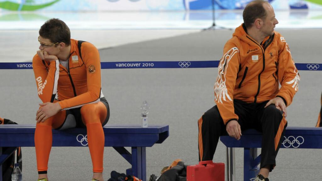 SKUFFET: Sven Kramer hadde store forhåpninger foran OL I Vancouver. Nå venter bronsekamp mot Norge i lagtempo som siste medaljesjanse. Foto: AP.