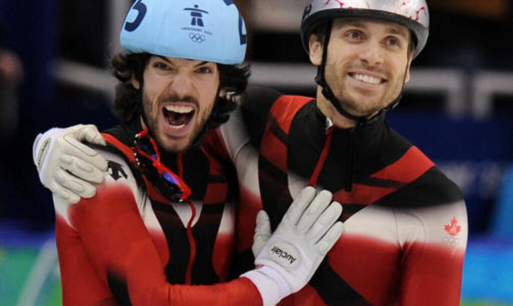 MER CANADA_JUBEL:  Charles Hamelin (til venstre) og François-Louis Tremblay sikret gull og sølv til Canada på kortbane i natt. FOTO: AFP/SCANPIX.