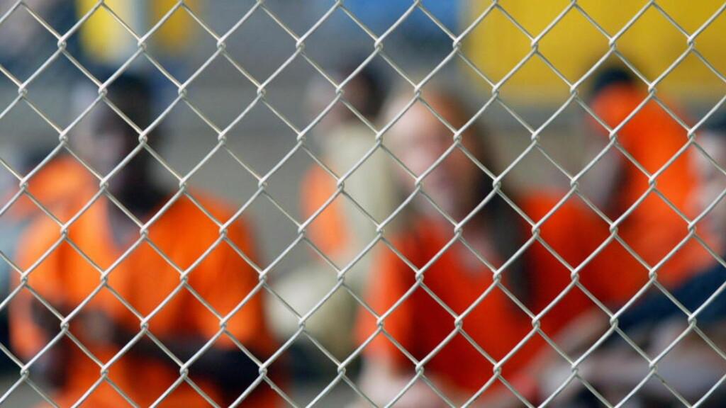 MINDRE PENGER - FÆRRE I FENGSEL: 1,4 millioner amerikanere sitter bak lås og slå. For første gang på nesten 40 år er reduseres antalle fanger, og finanskrisa får skylda.  REUTERS/Shannon Stapleton