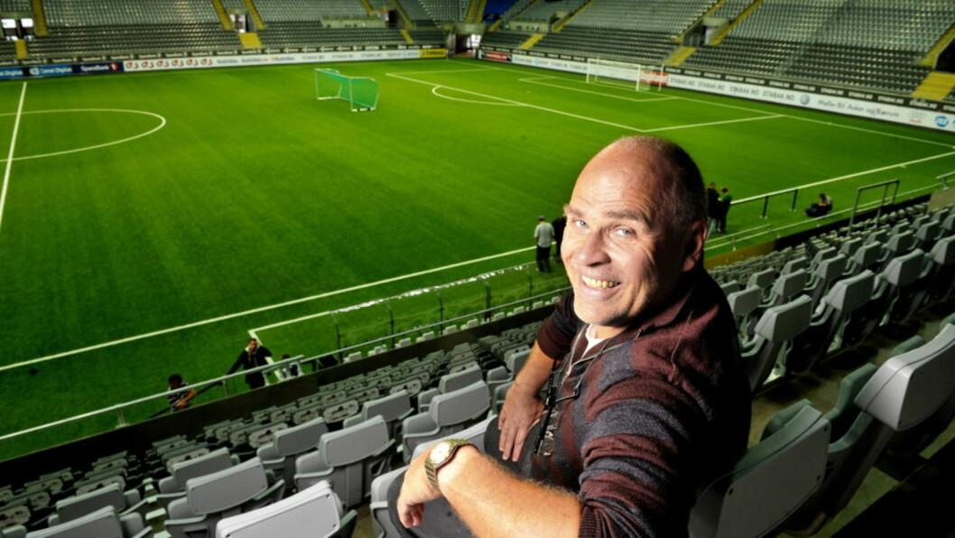 <strong>VIL HA LANDSKAMPER TIL TELENOR ARENA:</strong> Ingebrigt Steen Jensen føler Stabæks hjemmebane omsider er i ferd med å få den aksepten den fortjener. Foto:  Erik Berglund / Dagbladet