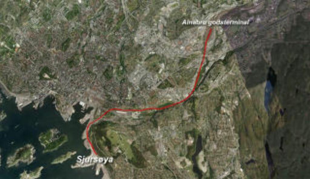 VILL FERD: Vognene løsnet ved Alnabru godsterminal. Vognene raste ukontrollert flere kilometer før ferden endte på Sjursøya.