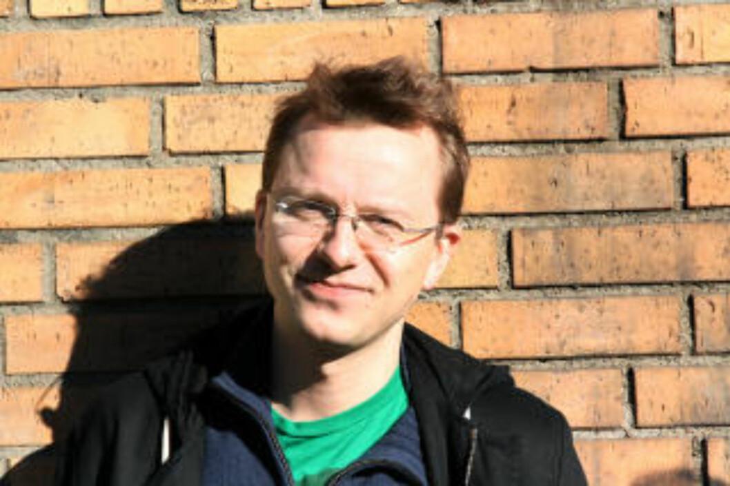 BEKLAGER: Teatersjef Jon Refsdal Moe beklager at den innleide regissøren gikk amok. Foto: Black Box